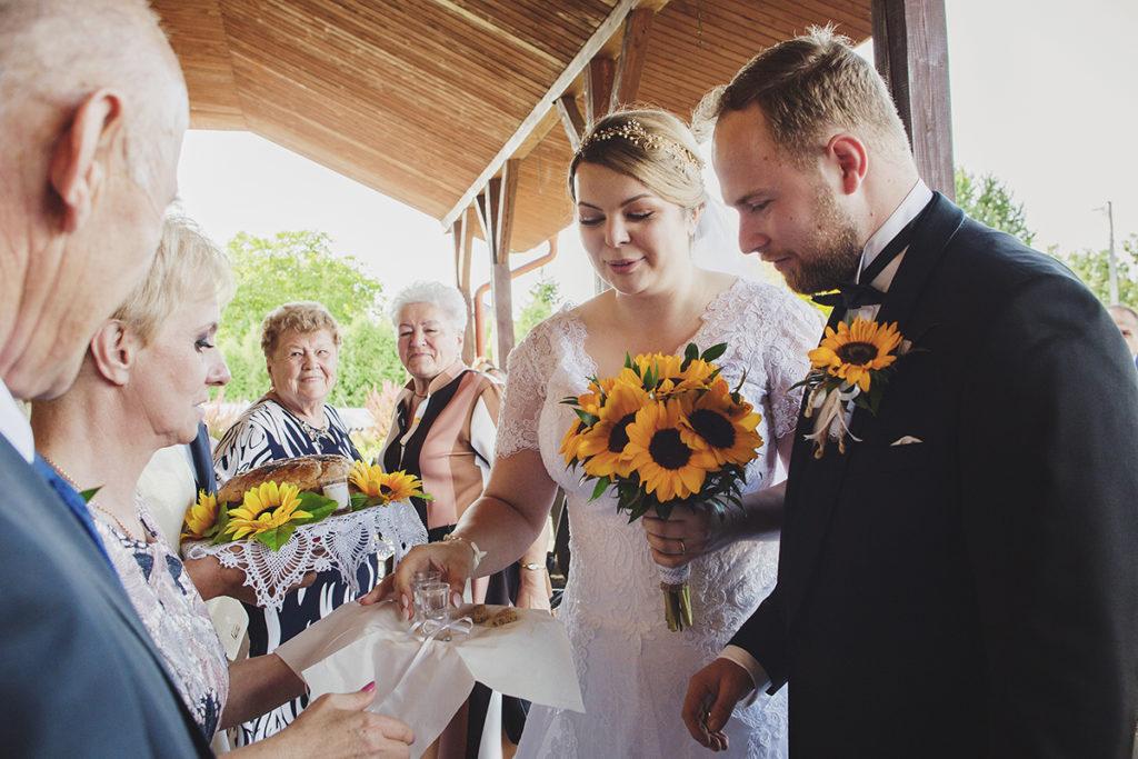 fotograf ślubny na Podkarpaciu, Słoneczniki na ślub