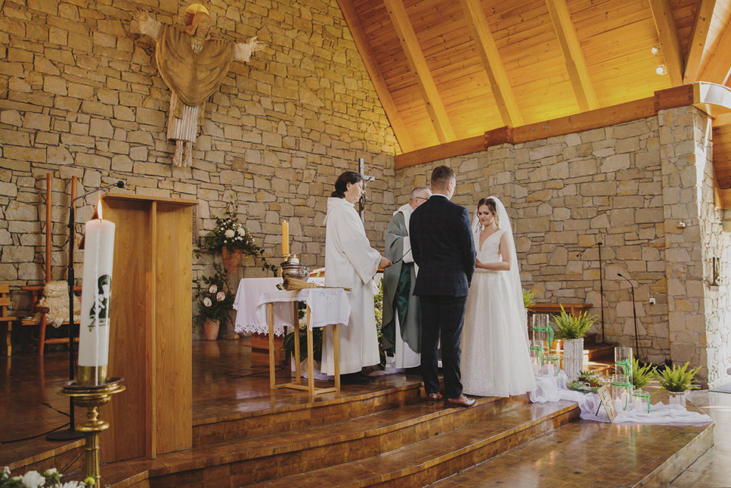 Wesele w Bartniku Sądeckim Gospodarstwo Pasieczne, Ślub w Jamnej